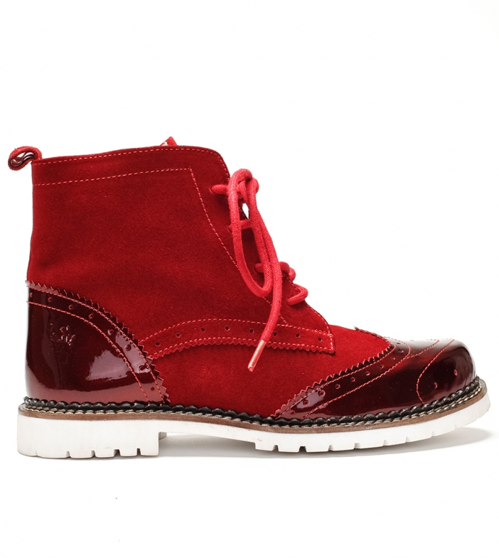 Traditional bootee D430 Jelka Lack Crosta red