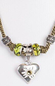 Kette mit 2facher Kordel und Herz, oliv