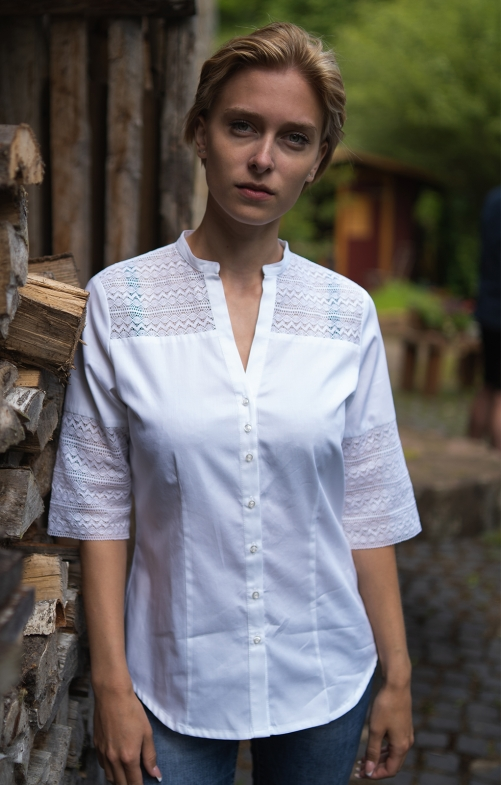 Traditional blouse VIOLETTA white